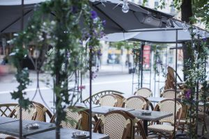 Utemöbler för restaurang och cafémiljö