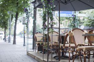 Utomhusmöbler för restaurang och café