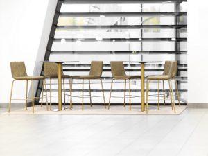 Ståbord och barbord mycket i lager med snabb leverans hos AZ Design