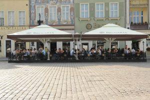 Stort utbud av Parasoller för restaurang och cafémiljö hos Az Design