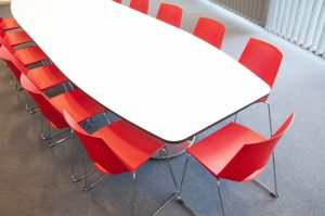 Stort utbud av konferensbord